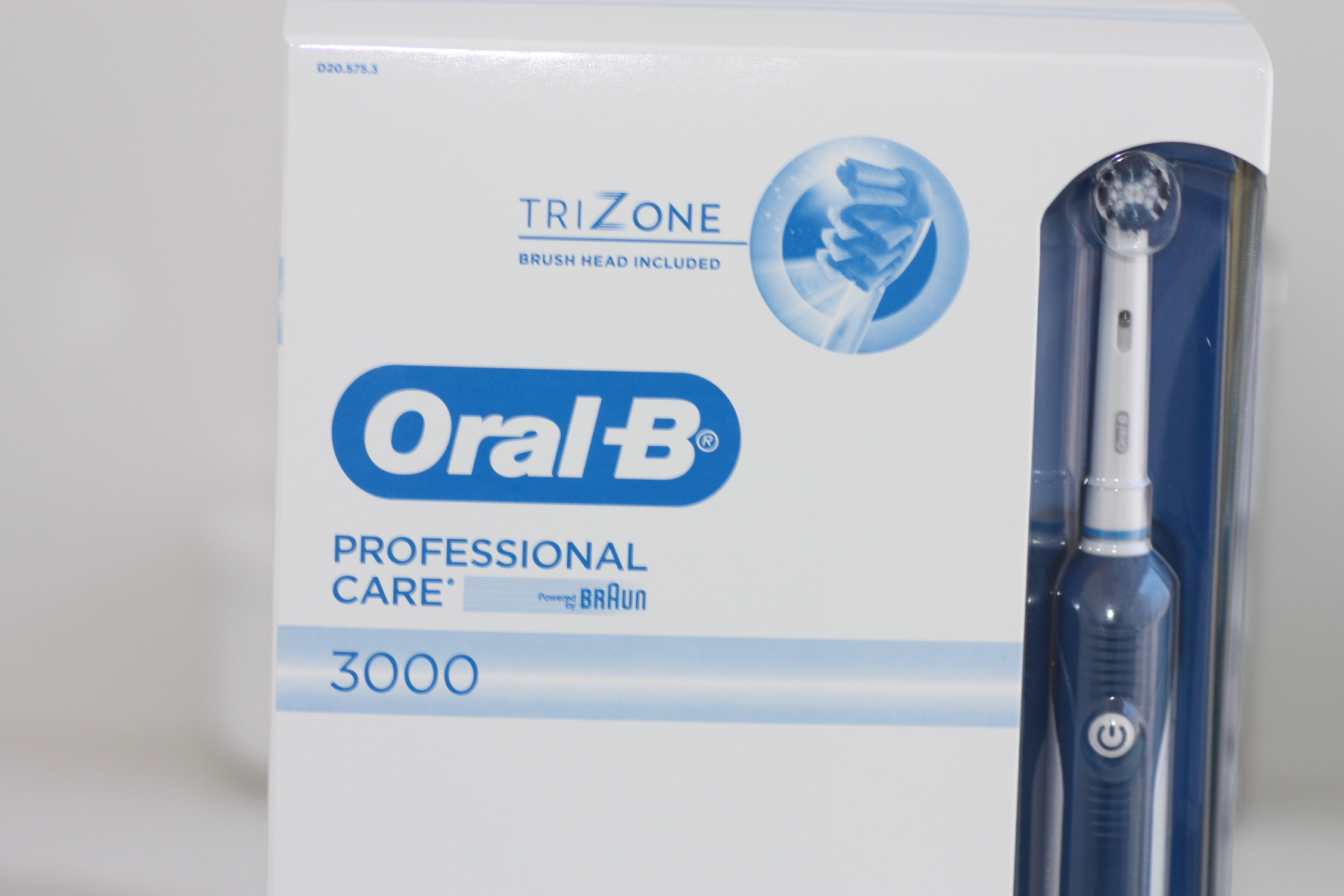 Oral-B Professional Care 3000 con cabezal TriZone